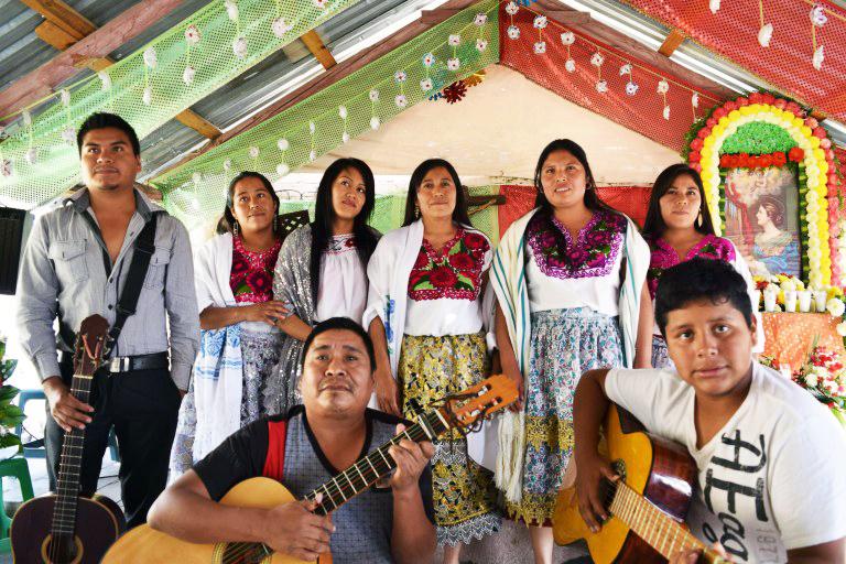 """""""Construimos con amor, para mejorar la educación"""", proyecto misionero 2021"""